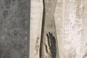 rudi-k – originally posted to en:Flickr as Maarjamäe War Memorial, CC BY-SA 2.0, https://commons.wikimedia.org/w/index.php?curid=8399750